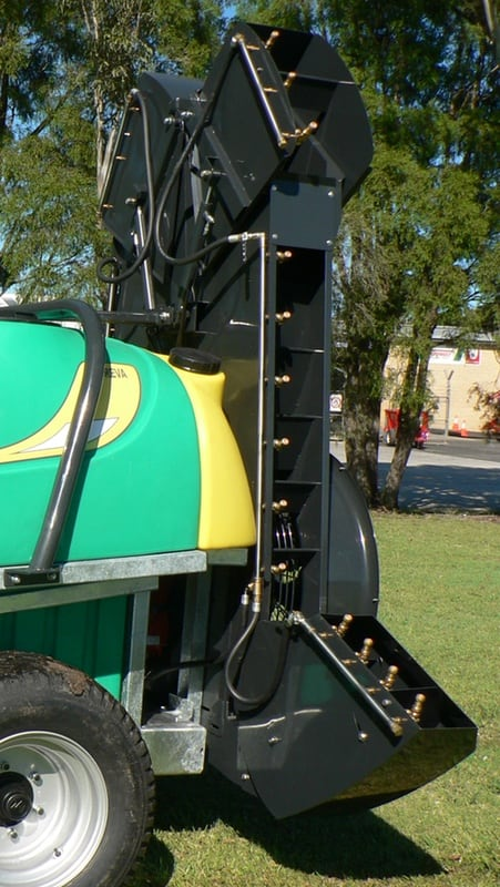 The double sided single fan sprayer tower